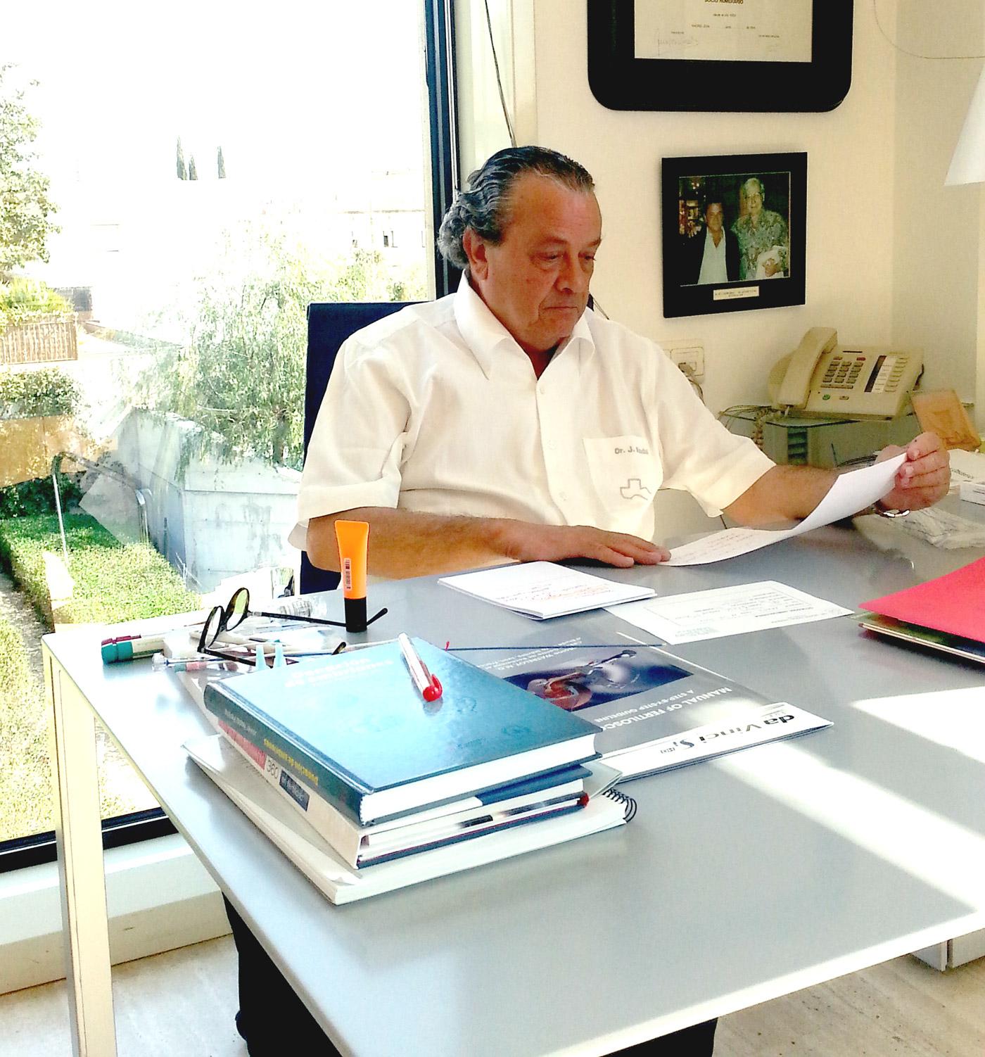 Dr Javier Nadal Pereña - Ginecología y Ostetricia