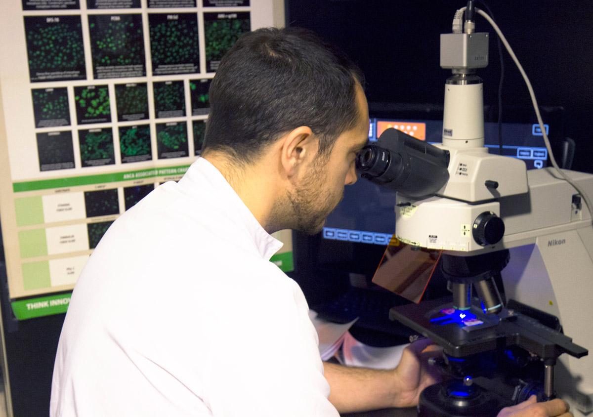 Dr. Iñaki Salvador Corres - Inmunología